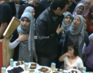 طارق علام يحتفل بإنطلاق راديو شبابنا مع أطفال الأورمان