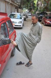 رجب خبازة أحد ذوى الاحتياجات الخاصة