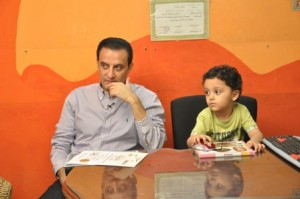 صور طارق علام فى برنامج كلام من دهب ...مع الطفل يوسف الذى تميز بالذكاء الخارق