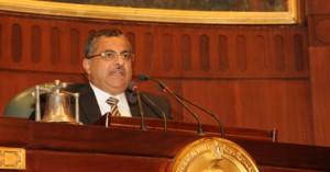 الدكتور أحمد فهمى رئيس مجلس الشورى
